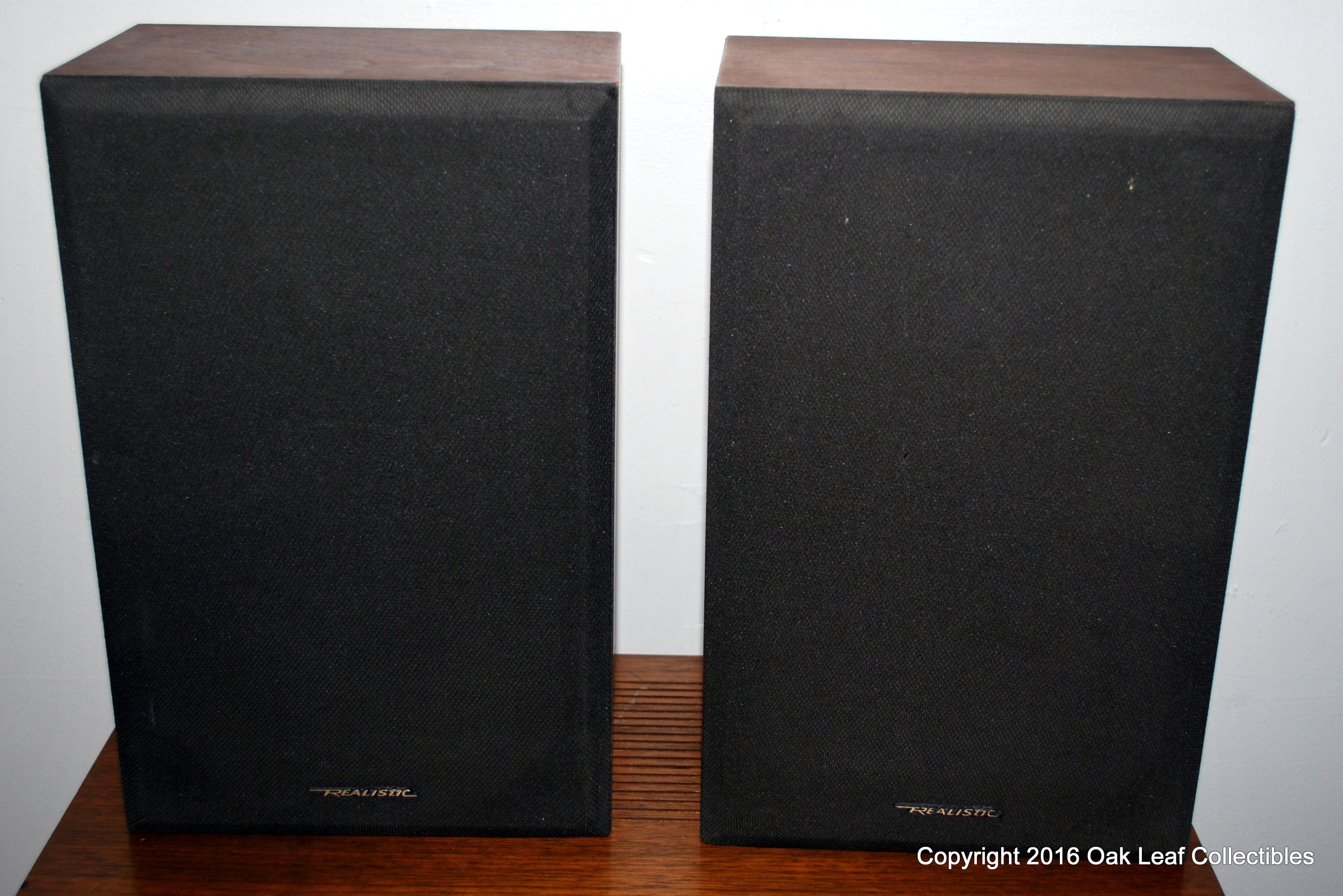 Realistic MC 800 Bookshelf Stereo Passive Audio Speakers